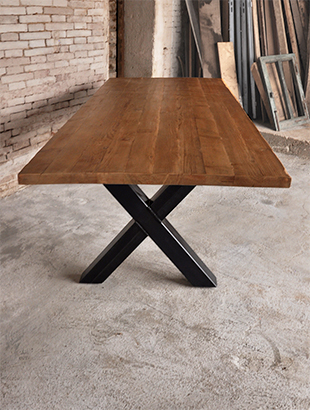 Tavolo realizzato in legno di recupero - Gambe in ferro per tavoli ...